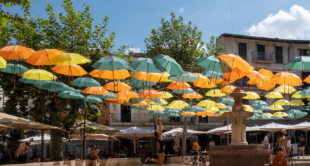 Floating parasols