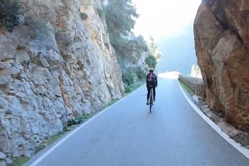 It's the climb: Favorite cycling tours from Palma - Estilo Palma